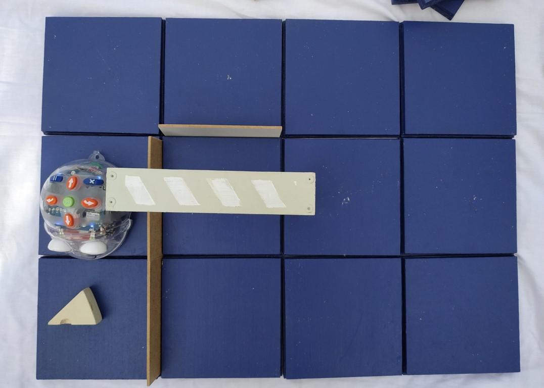 Blue-bot, parcours en bois